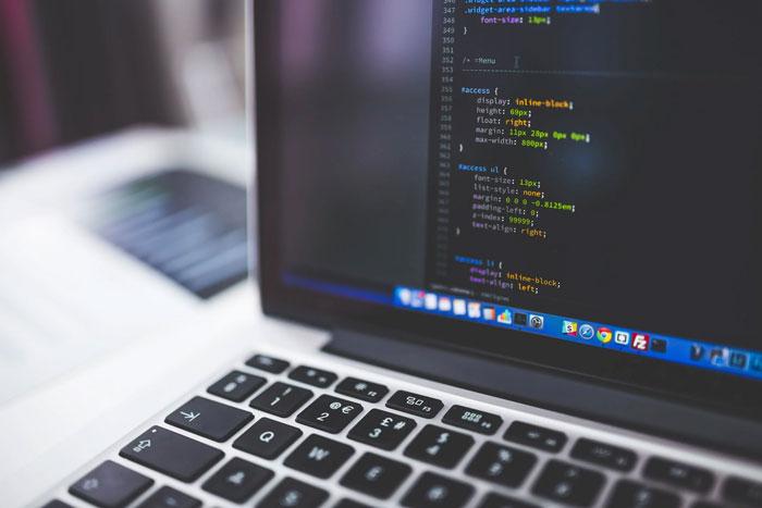 WEB前端:input设置禁用、不可编辑、不可选择、可/不可传值的方法